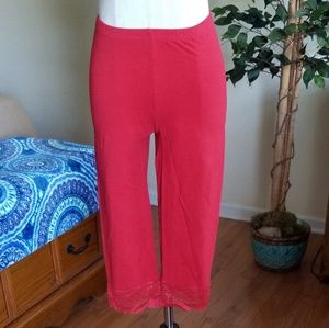 NWOT red crop lace leggings Large